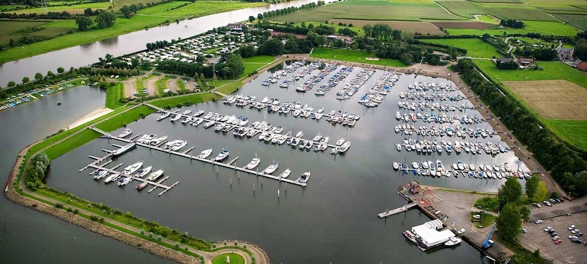 "Aqua Libra Yachtcharter - Sundown at our marina ""De Spaenjerd"" in Kinrooi"